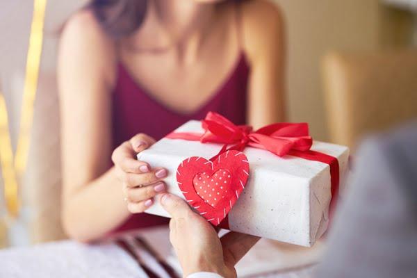 Quà sinh nhật vợ ý nghĩa và hiệu quả